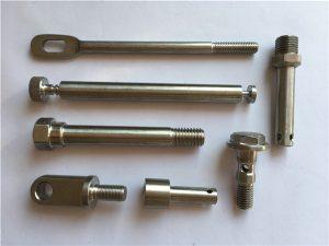Elementi di fissaggio in acciaio inossidabile a quarta recisione. Dispositivi di fissaggio in metallo a tornitura CNC
