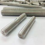 barra filettata a doppia estremità con bulloni automatici in acciaio inossidabile lavorati su misura
