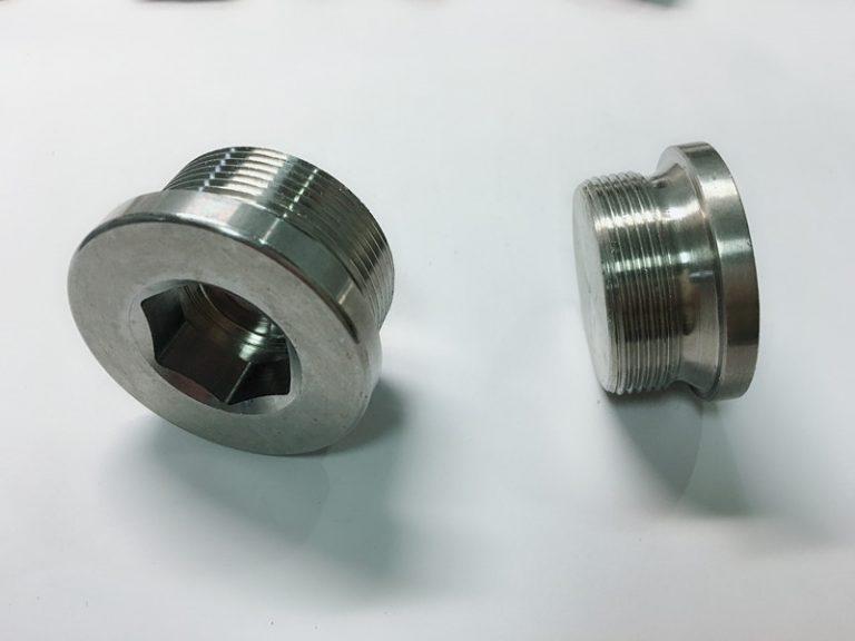 bullone ad anello in acciaio inossidabile su misura con portachiavi in acciaio inox